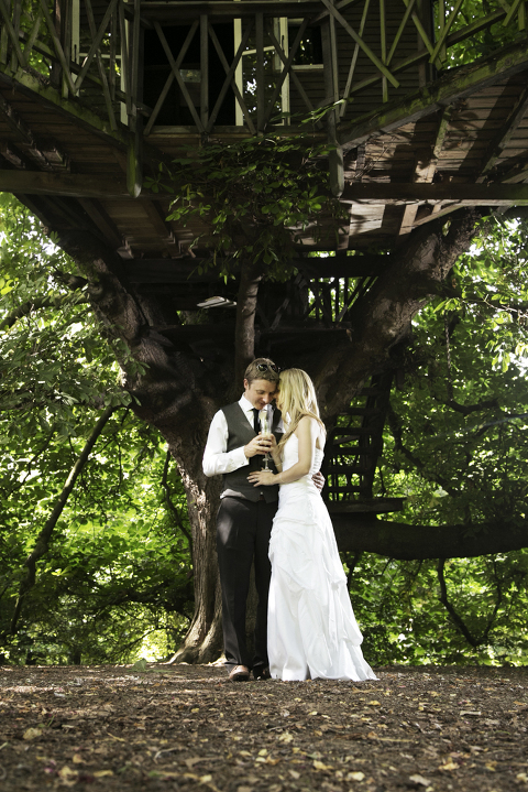 creative wedding photographer in Kent