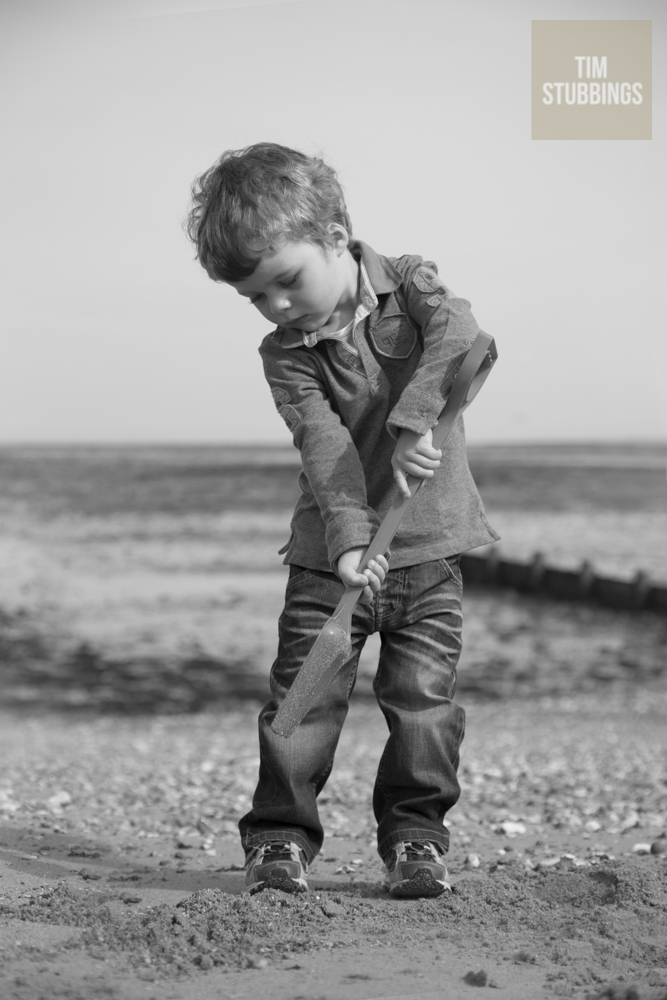 Family photoshoots on the beach in Kent